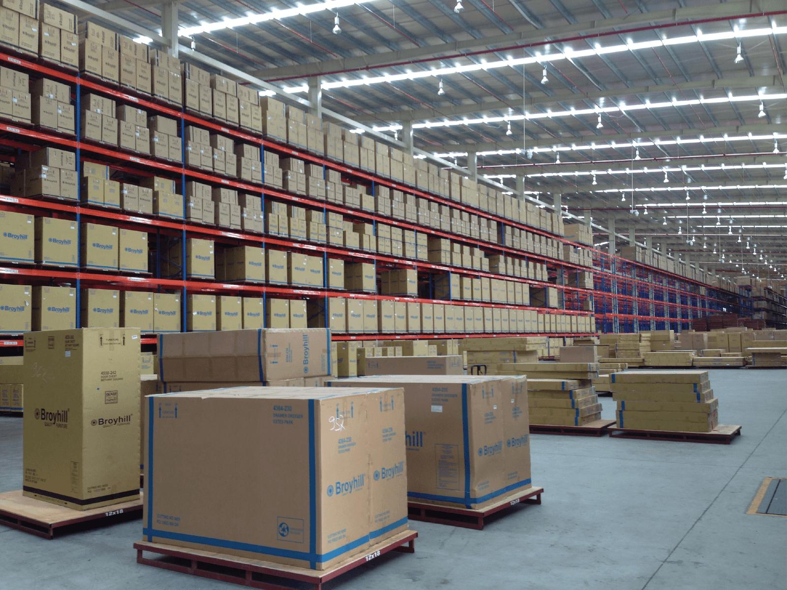 Kệ lưu trữ hàng hóa